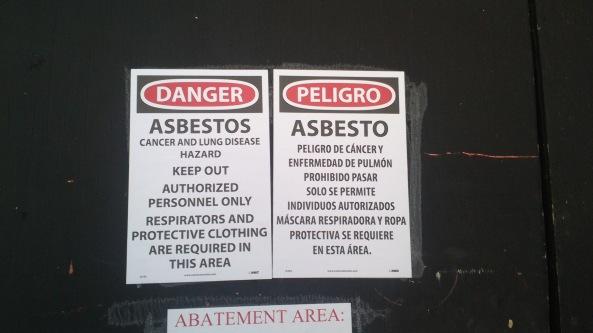 cartel mal traducido